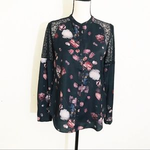 Chelsea28 Button Down Floral Top Size Small